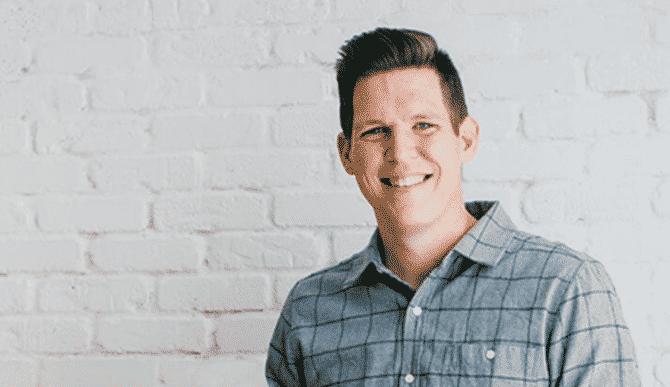 Prețul calității. Interviu cu Preston Lee, Content Marketer & Designer