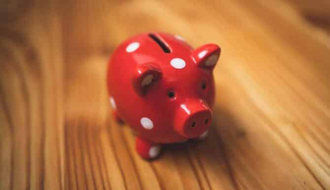 #017: Nicoleta Deliu @BCR – Școala de bani | Despre relația cu banii și ce facem cu ei