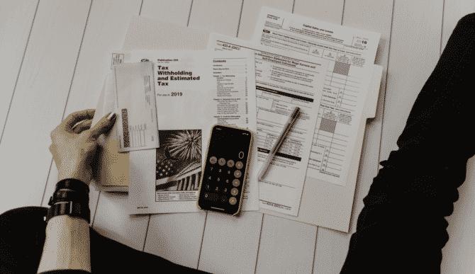 taxe și impozite